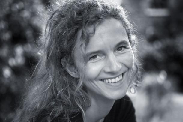 Delphine de Vigan (foto ©Benjamin Chelly/Anagrama).