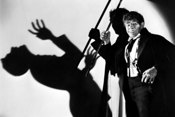 Fredic March en el paper del senyor Hyde a la pel·lícula que Rouben Mamoulian va dirigir al 1931 (fotograma: © Paramount).